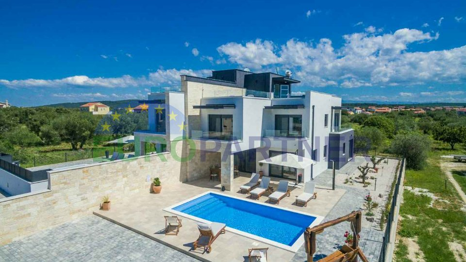Exclusive villas in Sukošan in the near of Zadar, beauty and luxury just 100 m from the sea