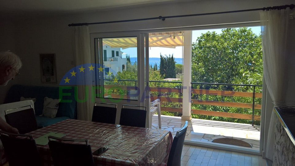 Detached house with sea view near Trogir