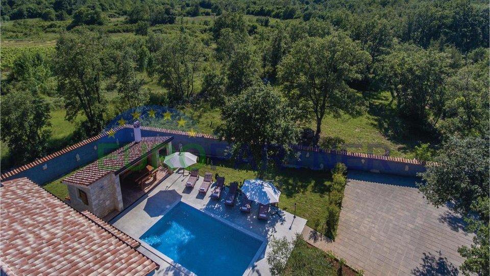Istrianisches Steinhaus mit Pool, 6 km von der Stadt Poreč entfernt