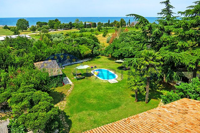 Grande proprietà con piscina vicino Umago