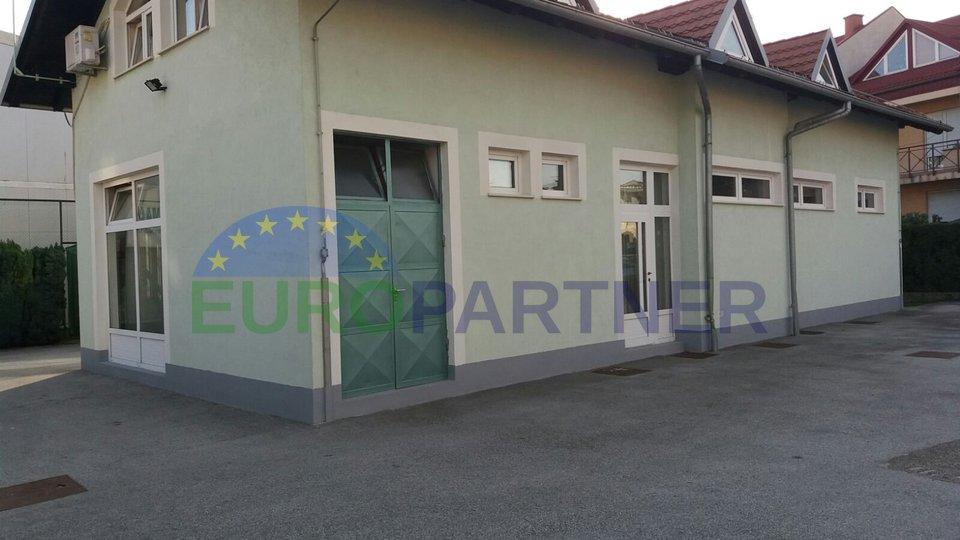 Sportzentrum in Novi Zagreb - Bauland