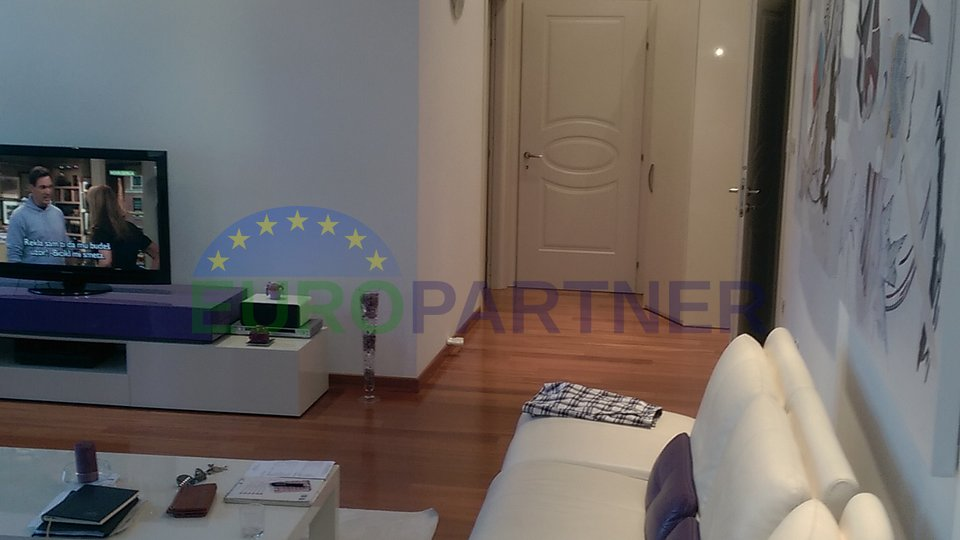 Renovated apartment in seaside villa in the heart of Opatija - a unique property