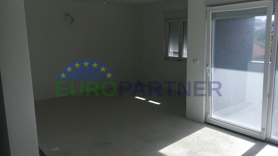 Spacious apartment with sea view in Zadar