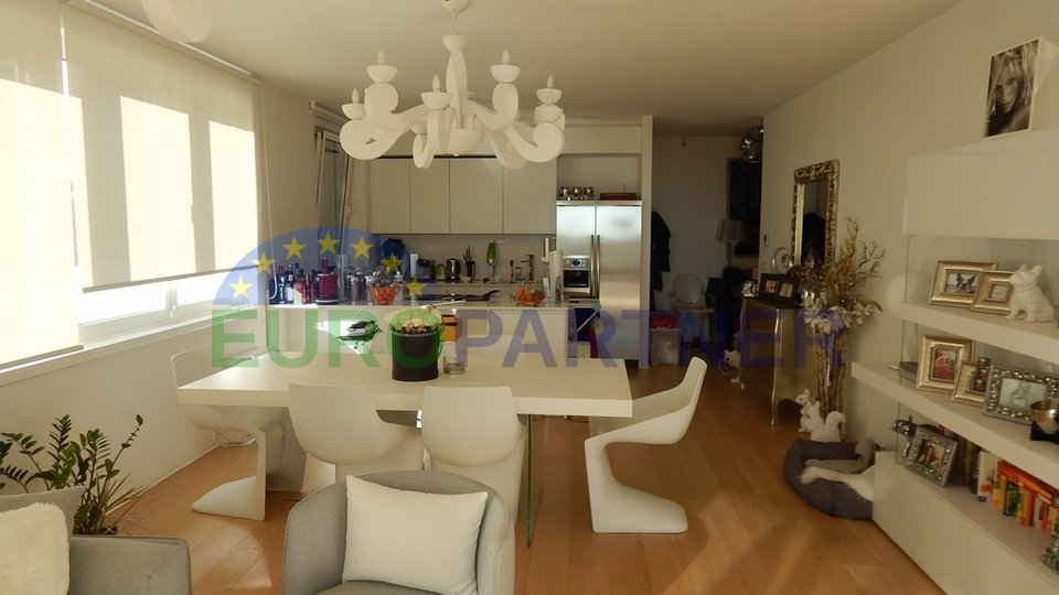 Luxury apartment only 200 m from the sea, Icici-Opatija