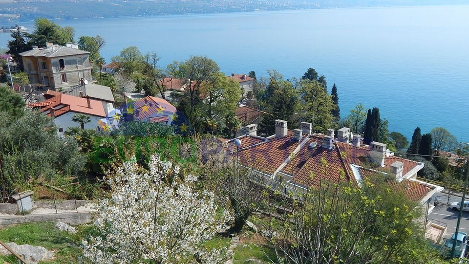 House with large garden and sea view - Opatija