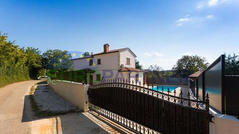 Istrian villa with swimming pool and 3 bedrooms