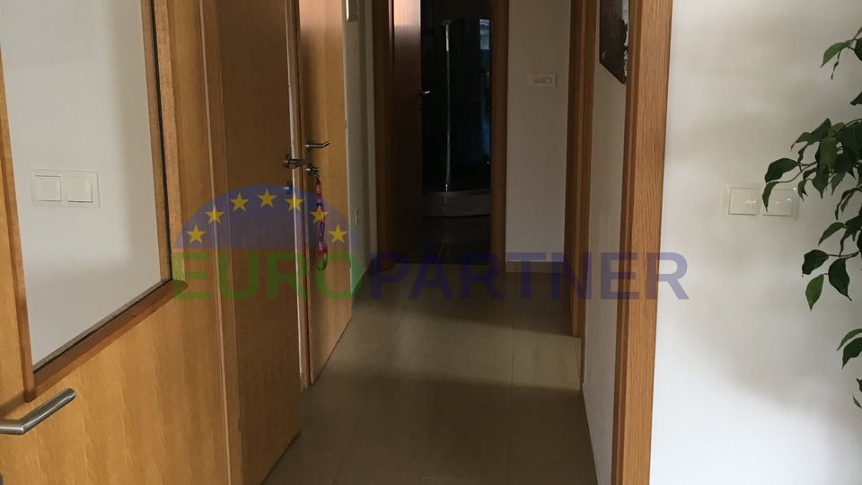 Nicely decorated apartment with sea view, island of Krk