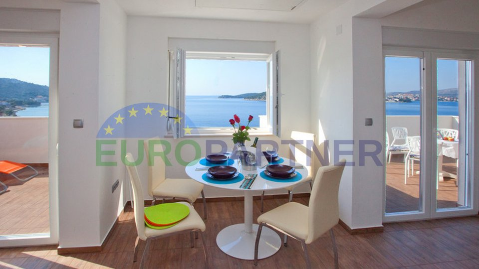 Modern apartment house just 40 m from the sea