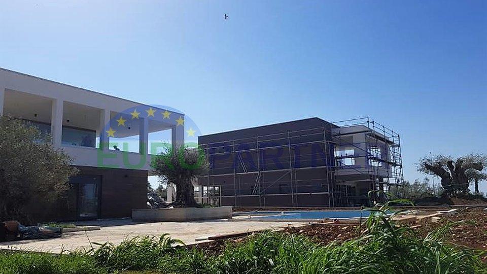 Unikatna vila moderne arhitekture u srcu Istre