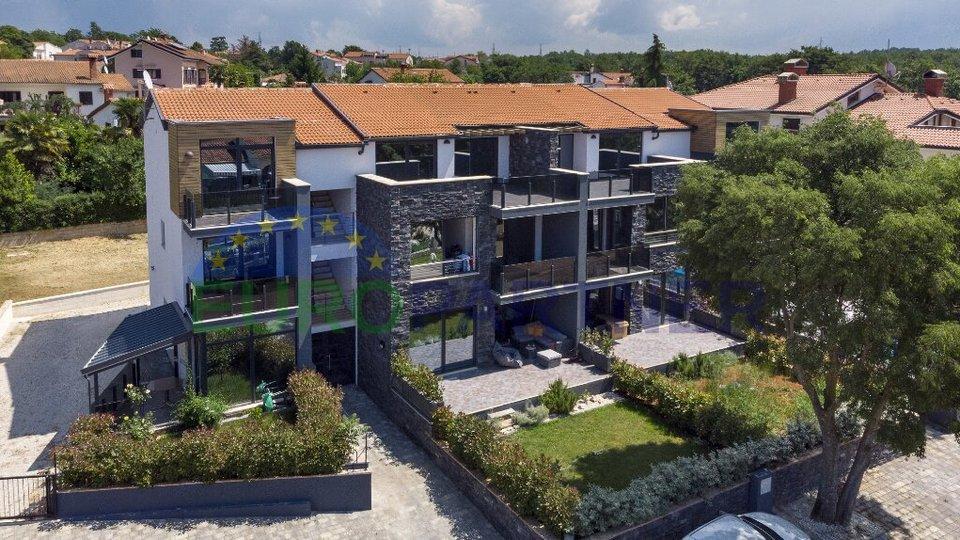 Grande appartamento con vista mare in nuovo edificio
