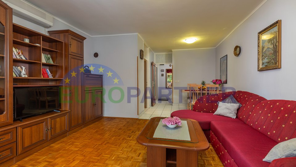 Nicely decorated apartment on an excellent location