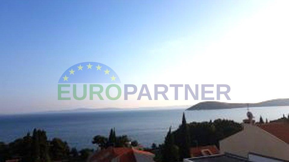 Luksuzni stan u najljepšem dijelu Splita, samo 200 m od mora