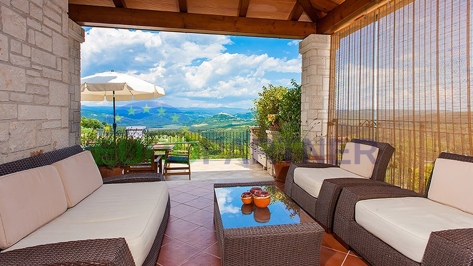 BEAUTIFUL STONE VILLA WITH UNBELIVABLE VIEW!