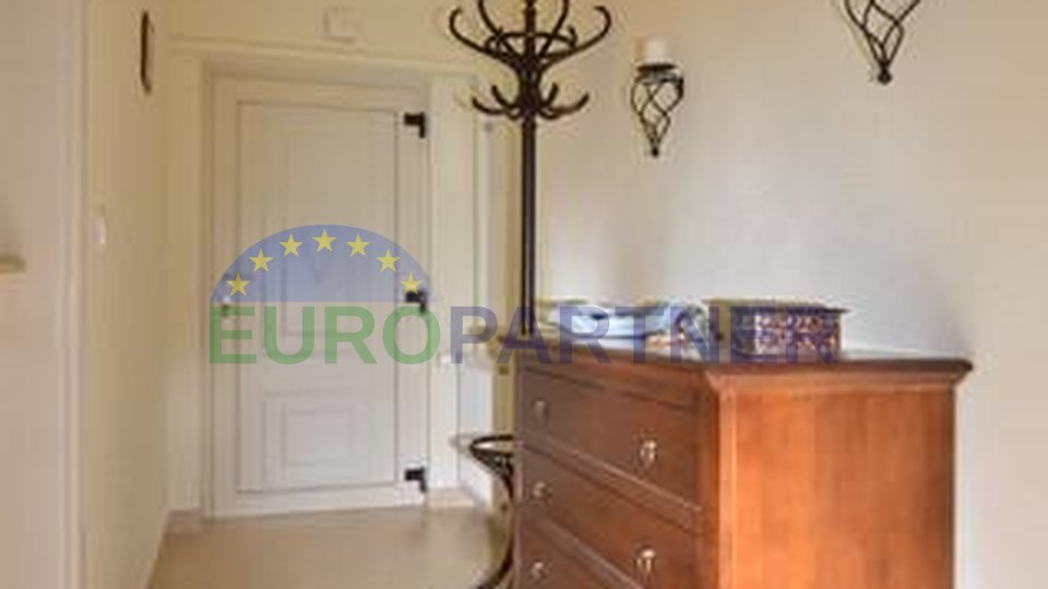 Nearby Poreč - in a quiet environment, house with pool + central heating!
