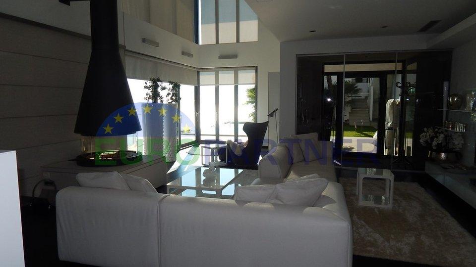 Luxusvilla mit offenem Meerblick - Lovran