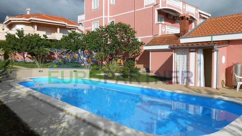 Villa con piscina e vista sul mare, Borik-Zara