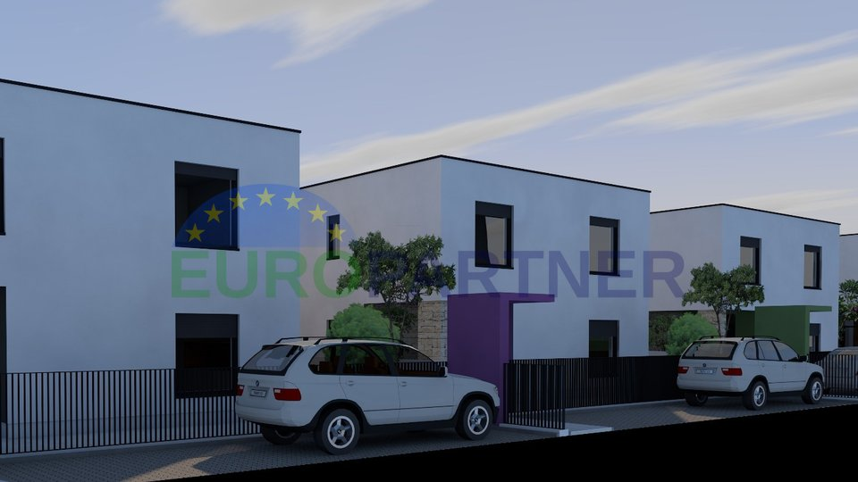 Newly built house 250m from sea