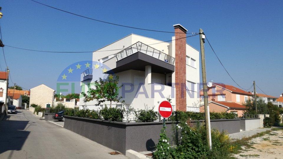 Wohnung, 142 m2, Verkauf, Zadar