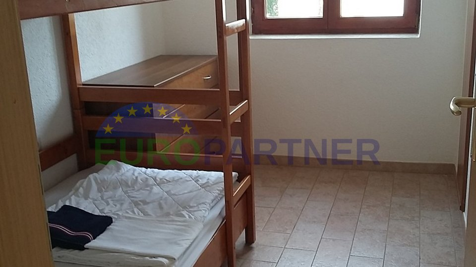 House with two apartments and Park, 50m from the sea