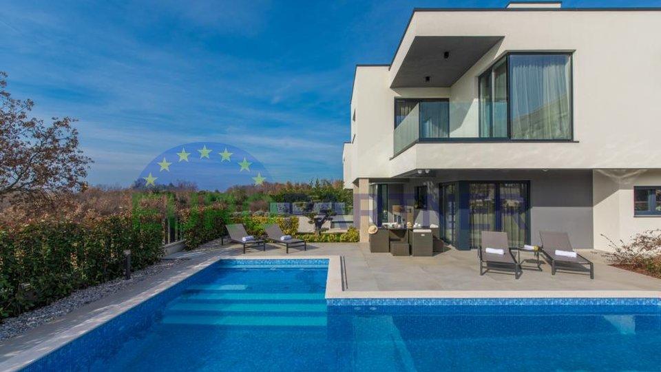 Casa a schiera esclusiva con splendida vista sul mare