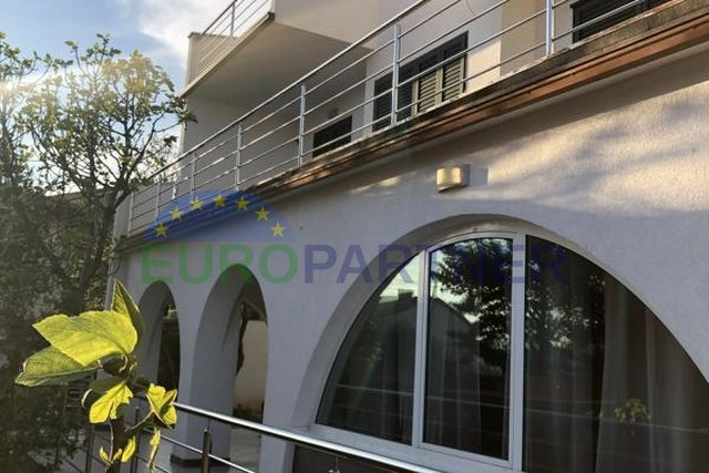 Moderni stan sa predivnim pogledom na more- Novi Vinodolski