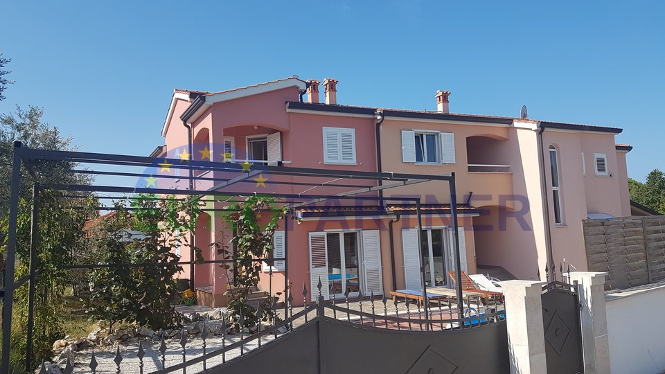 Beautiful tourist complex with 3 houses and 2 pools, 500m from sea with sea view