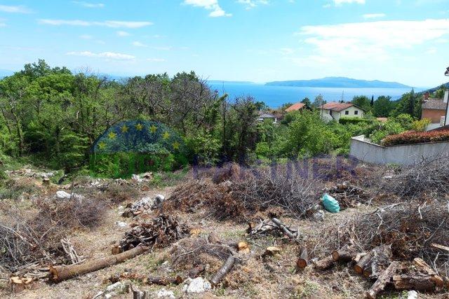 Građevinsko zemljište sa predivnim pogledom na more u Ičićima, Poljane