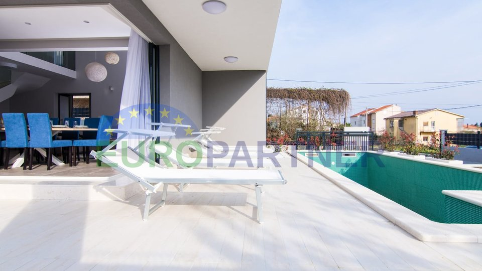 Beautiful modern villa with pool, Kaštela