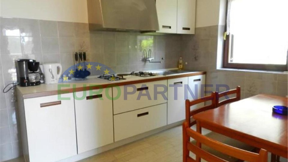 Beautiful and spacious house in an attractive location and sea view, Pula-