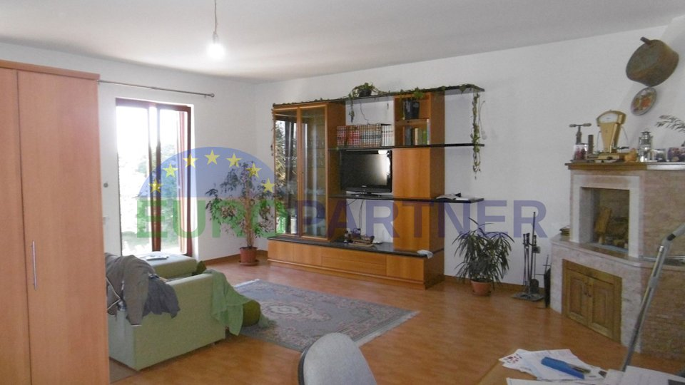 House with garden, 7 km from the town of Porec
