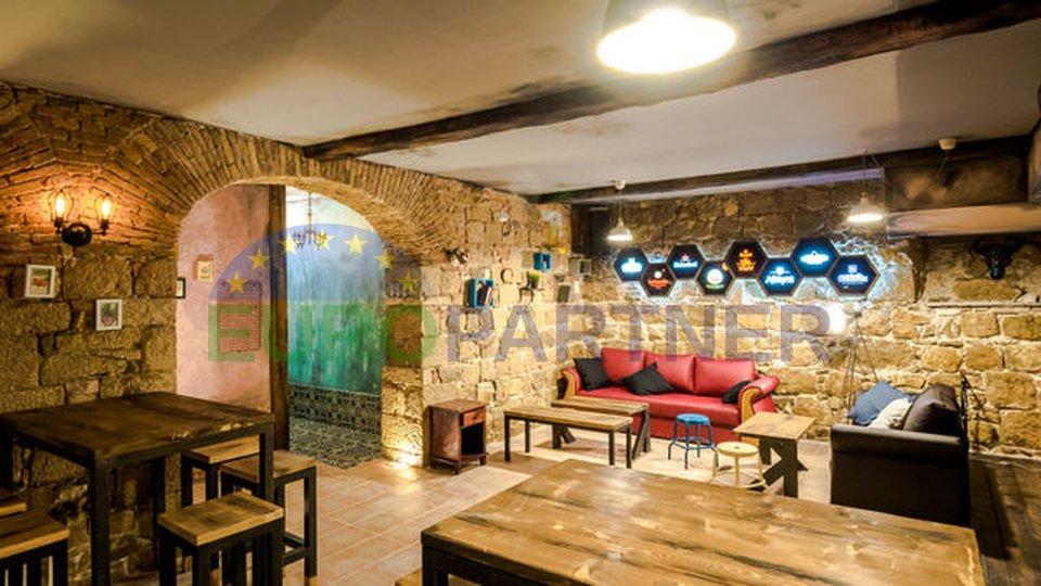 Atraktivan poslovni prostor u strogom centru grada Splita