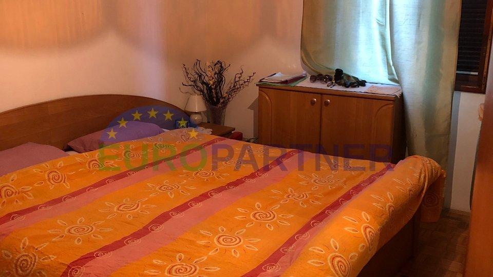 Spazioso appartamento a 800 metri dal centro di Parenzo