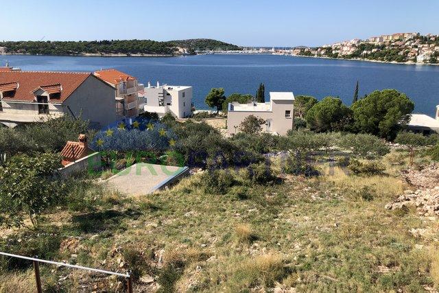 Kuća sa otvorenim poglednom na more, Rogoznica