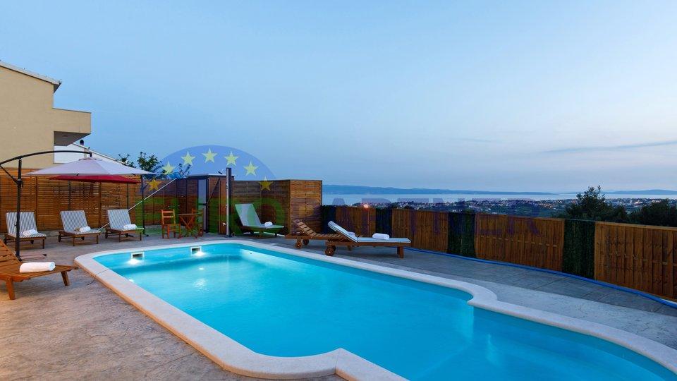 Vila sa prekrasnim pogledom na more nedaleko od Splita