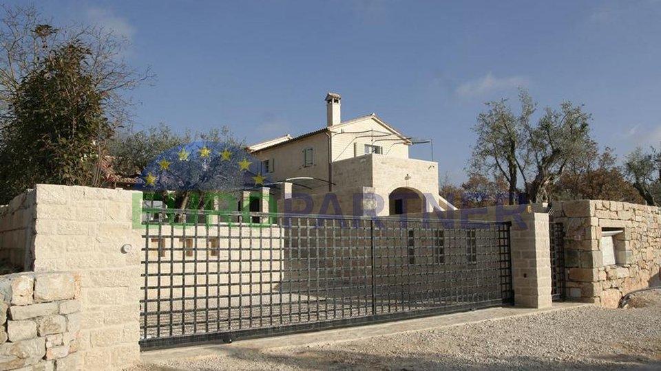 La straordinaria villa che rappresenta una straordinaria combinazione di architettura e design