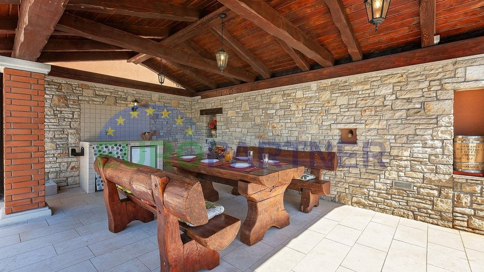 Perfectly renovated old stone house, Poreč