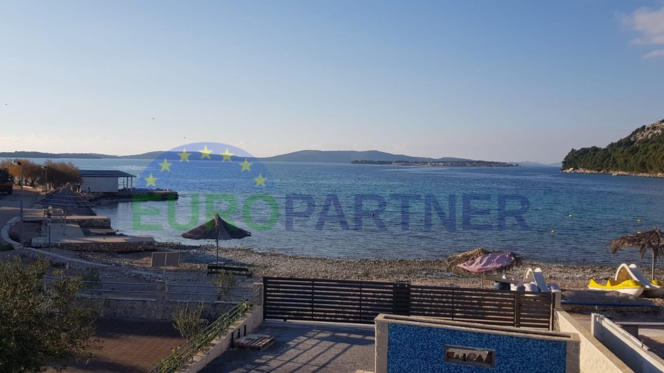 Villa with pool with magical view, first row to the sea, not far from Šibenik