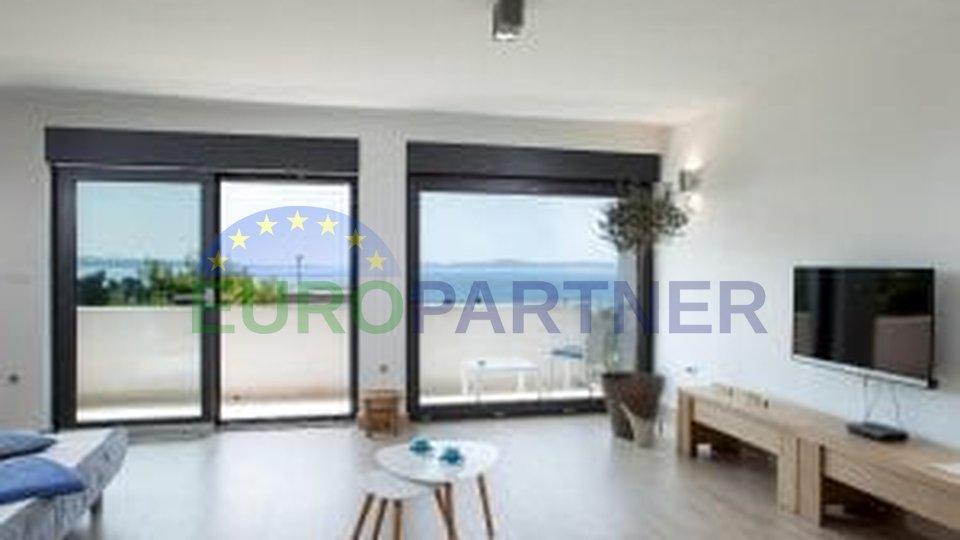 Predivan dizajnerski stan s otvorenim pogledom na more,Split