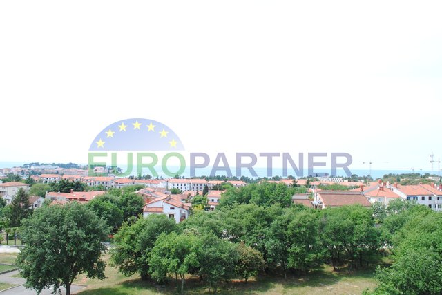 GREAT OPPORTUNITY! Apartment with a beautiful view of the sea and the city of Porec