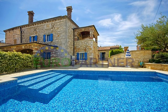 Fantastic and unique Istrian stone villa with pool, Porec