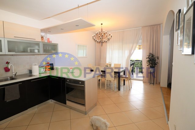 GREAT LOCATION! Apartment with panoramic sea view, Tar