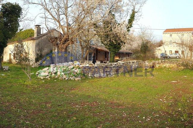 Tradicionalna kamena istarska kuća za renovaciju,Poreč