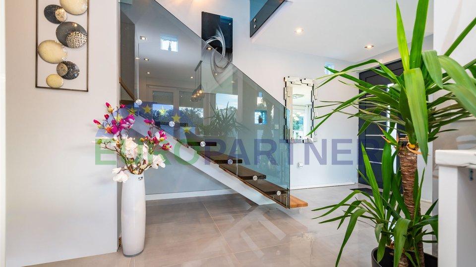 Elegante villa nel nuovo edificio Zaton-Nin