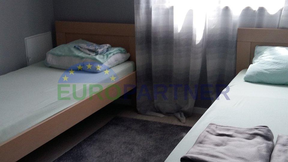 EKSKLUZIVNA PONUDA, kompletno renovirani stan, Kaštelir