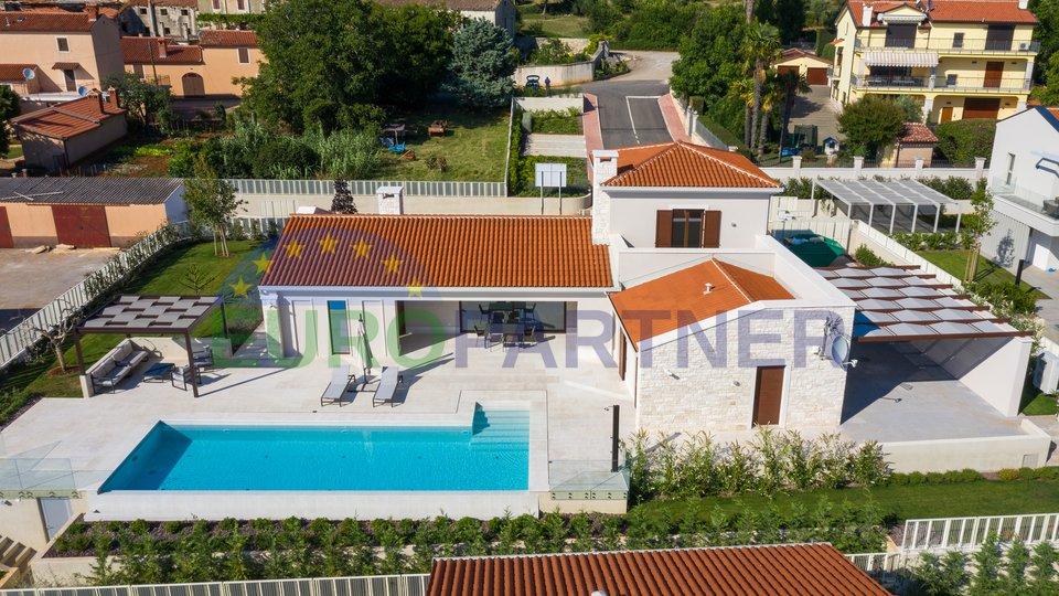 Luksuzna vila na izuzetnoj lokaciji sa pogledom na more, Višnjan