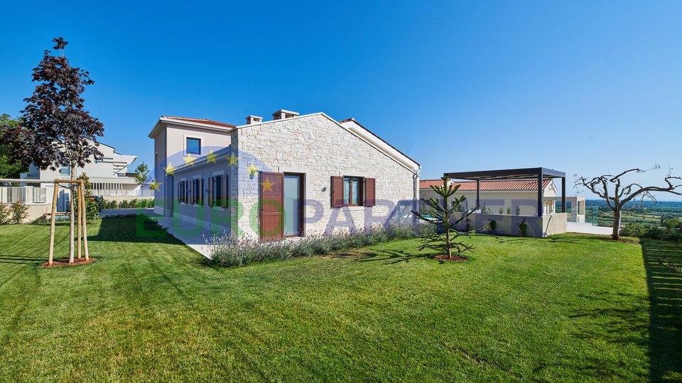 Luxusvilla in außergewöhnlicher Lage mit Blick auf das Meer, Visnjan