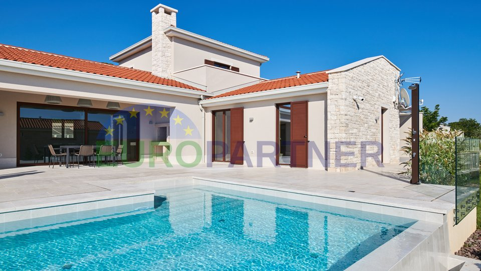 Luxury villa in an exceptional location overlooking the sea, Visnjan