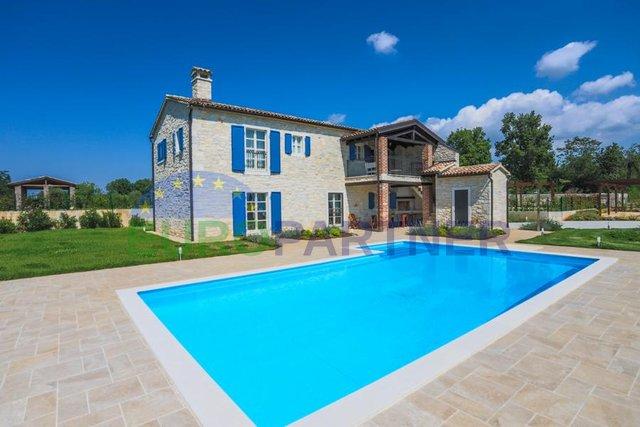 Beeindruckende istrische Steinvilla mit Pool