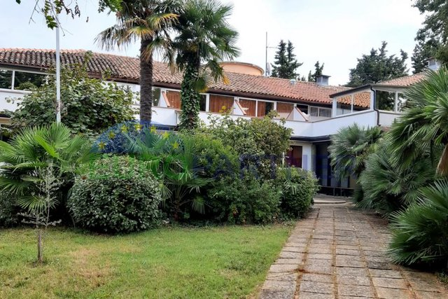 EXCEPTIONAL INVESTMENT PROPERTY IN ATTRACTIVE LOCATION NEARBY NOVIGRAD