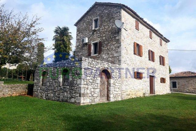 Casa, 180 m2, Vendita, Vižinada